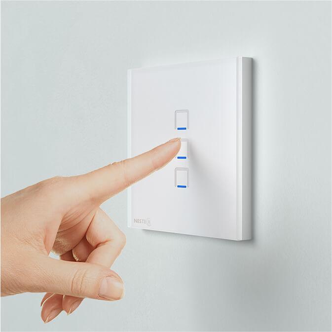 کلید سه پل لمسی نستک سفید